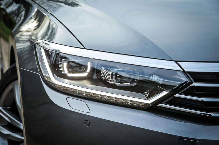full led headlight front lamp right fits volkswagen passat. Black Bedroom Furniture Sets. Home Design Ideas